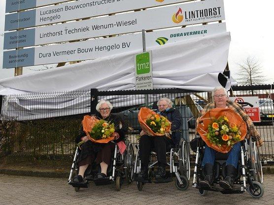 Blijdschap en trots bij tekenen bouwcontract TMZ in Tubbergen
