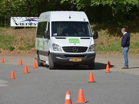 Cursus verhoogde rijvaardigheid chauffeurs TMZ valt in de smaak