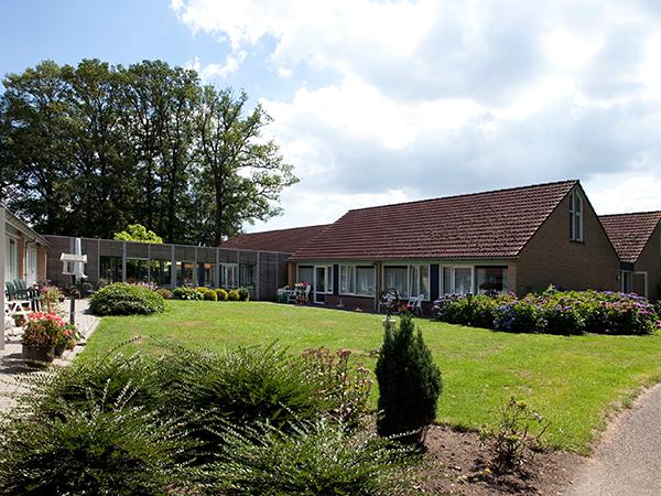 Modernisering van De Theresiahof in Bornerbroek